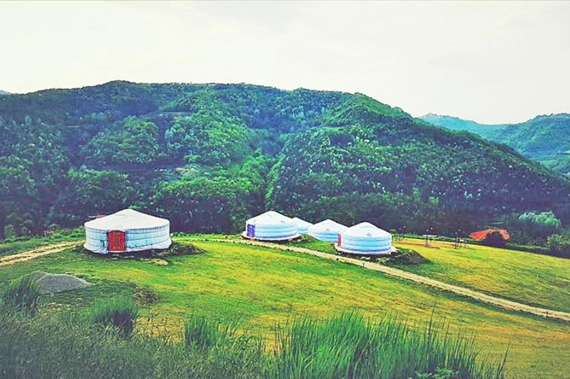 Yurte in Langa 1
