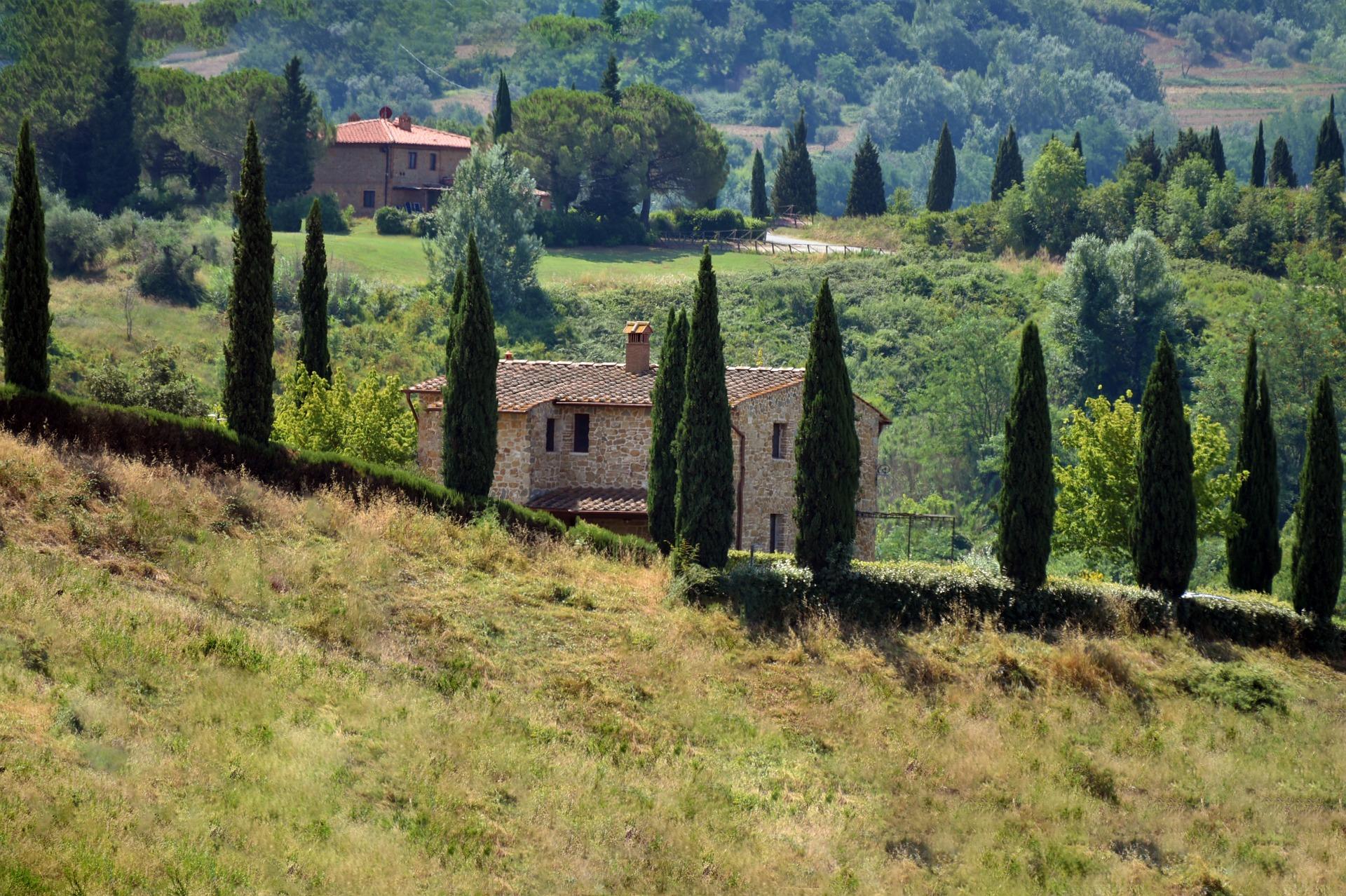 Cerco casale o borgo in Toscana per creare insieme una vita sana