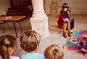 Lulù, la cantastorie che trasforma in racconti i disegni dei bambini