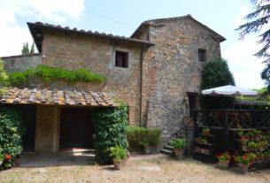 Offro in vendita casale in Toscana, San Gimignano