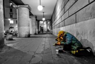 """Alessio Debenedetti: """"Nei miei video racconto le storie dei giovani senzatetto di Genova"""""""