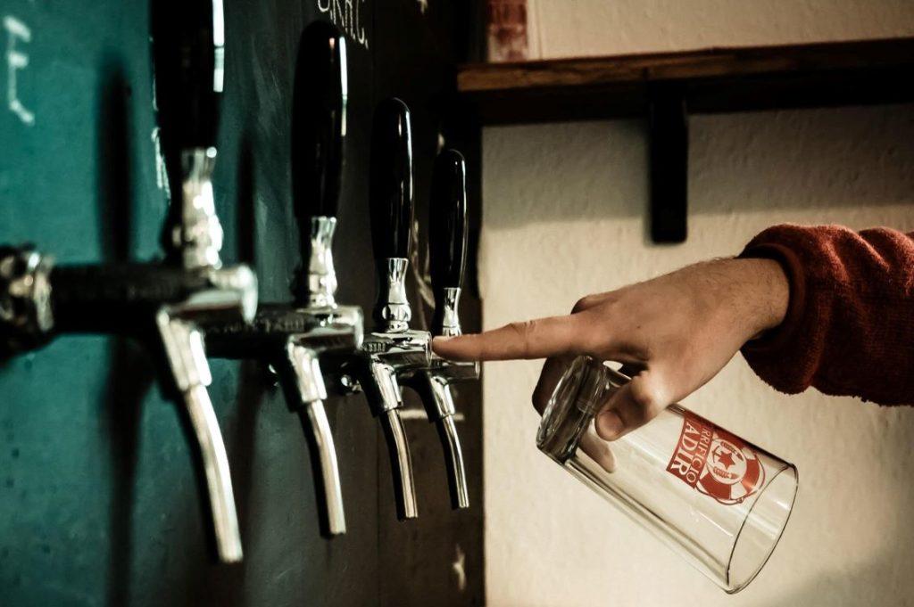 Birra Nadir bicchieri