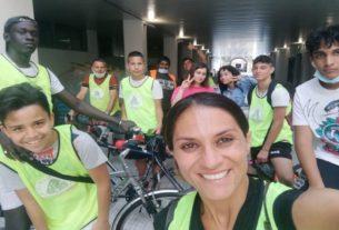 """La """"ciclofficina relazionale"""" che ripara bici e cura le relazioni"""