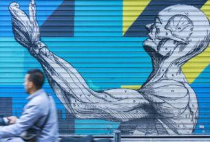 A Torino le saracinesche dei negozi diventeranno opere di street art