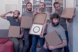 """I Mitilanti: """"Consegniamo poesie a domicilio al posto della pizza"""""""