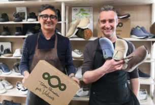 Valsaar, le scarpe 100% riciclate, naturali e realizzate con gli scarti vegetali