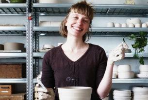 """La storia di Lorenza: """"Così la ceramica mi ha insegnato a vivere la vita con lentezza"""""""