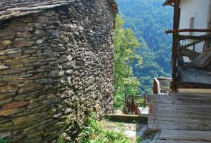 """Nasce il """"Muratore di valle"""" che recupera le borgate alpine"""