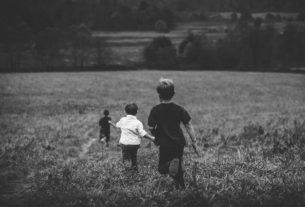 L'apprendimento non va in vacanza: cronaca di un'estate da homeschooler