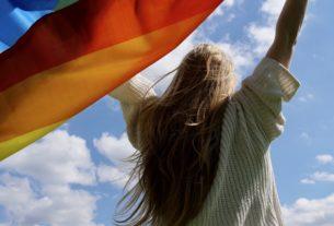 Pride: ecco perché è importante la parata per i diritti LGBTQIA+ – Amore Che Cambia #14