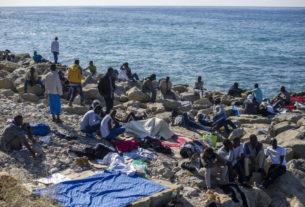 A Ventimiglia il viaggio dei migranti in attesa di nuova accoglienza