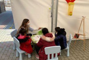 Uno spazio dedicato ai bambini migranti in transito, per farli sentire sicuri e accolti