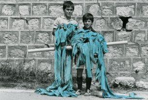 L'arte di Maria Lai e quel nastro azzurro che legò tutti gli abitanti del paese