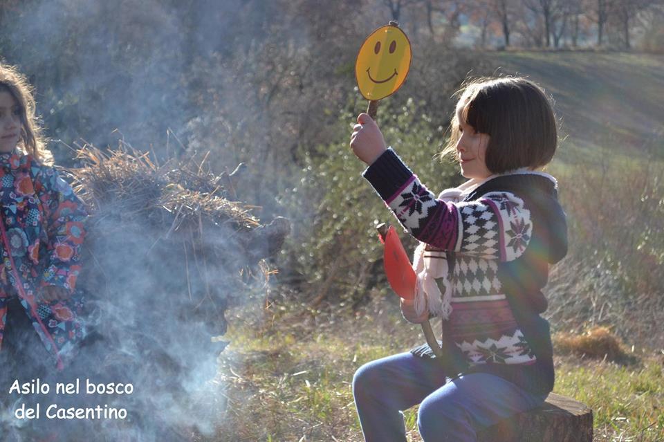 bambini stare fuori facilita benessere apprendimento 1496741943