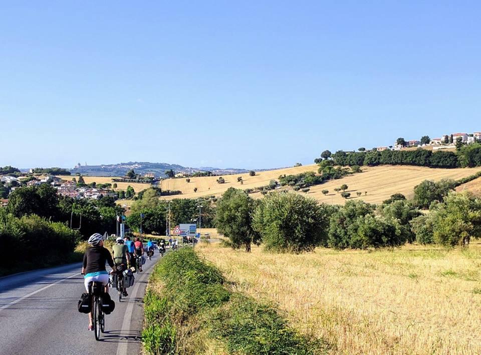 bike tour decrescita passignano 1503476516