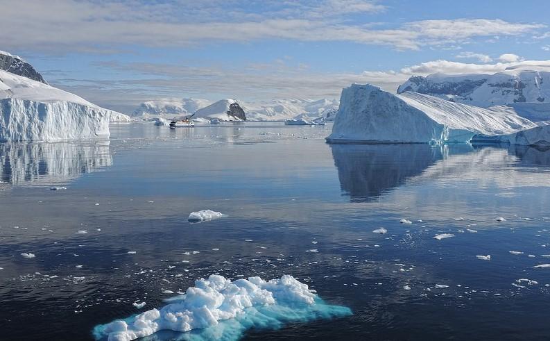 divieto di plastica piemonte campagna inquinamento mari 1545386961