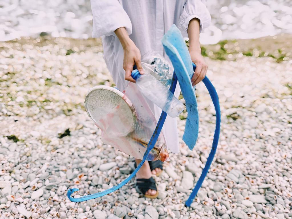 divieto di plastica piemonte campagna inquinamento mari 1545387057