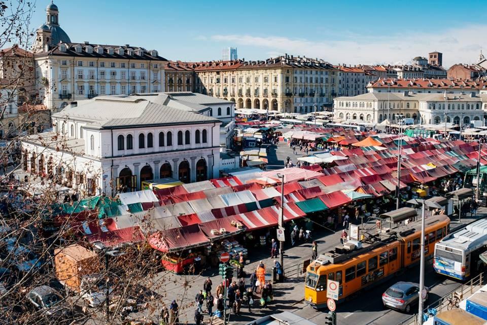 mercato dei poeti torino luogo vendere comprare poesia 1557487814