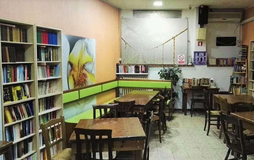 nasce torino biblioteca condivisa quartiere dove libri sono di tutti 1546944342